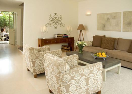 Ramat Poleg 2 contemporary-living-room