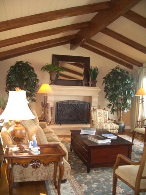 Rancho Palos Verdes Residence mediterranean-living-room