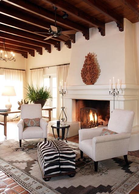 Rancho santa fe early california style hacienda for California style bedroom ideas