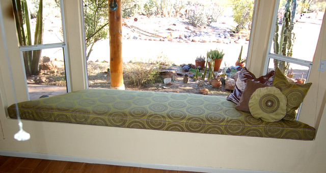 Refreshed livingroom and window seat. eclectic-living-room
