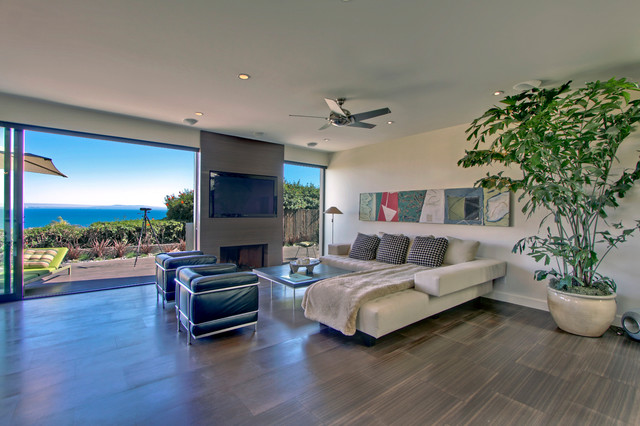 Clifftop Residence contemporary-living-room