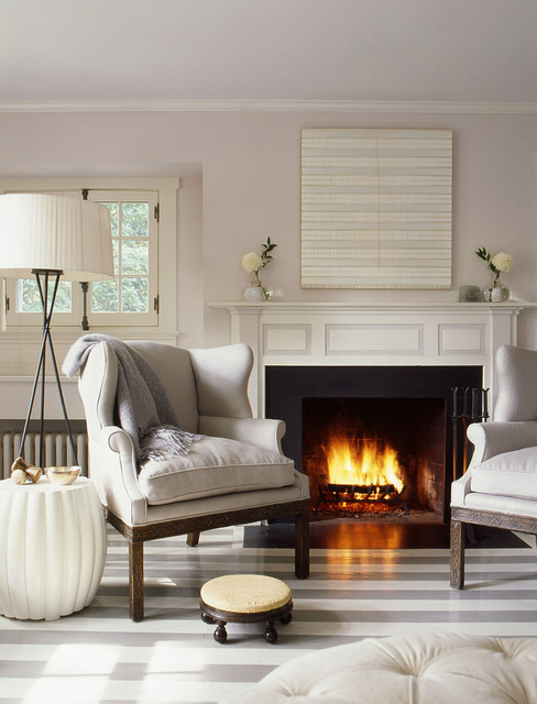 Residence east hampton new york beach style living for New york style living room ideas