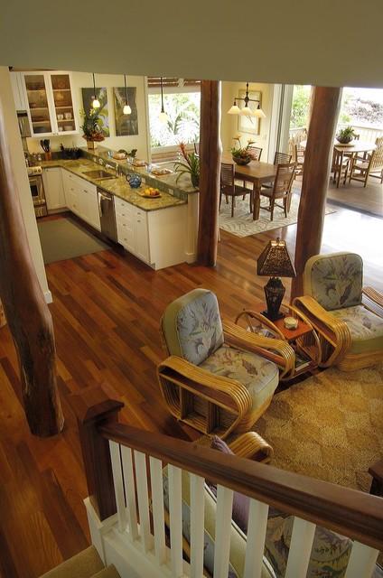 Retro Hawaii Beach Cottage Traditional Living Room