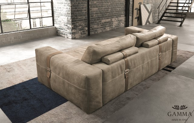 Richmond Sofa By Gamma Arredamenti Transitional Living Room