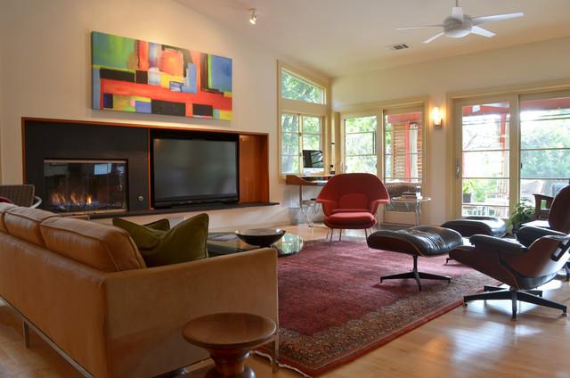 Rick & Susan Hibbs midcentury-living-room