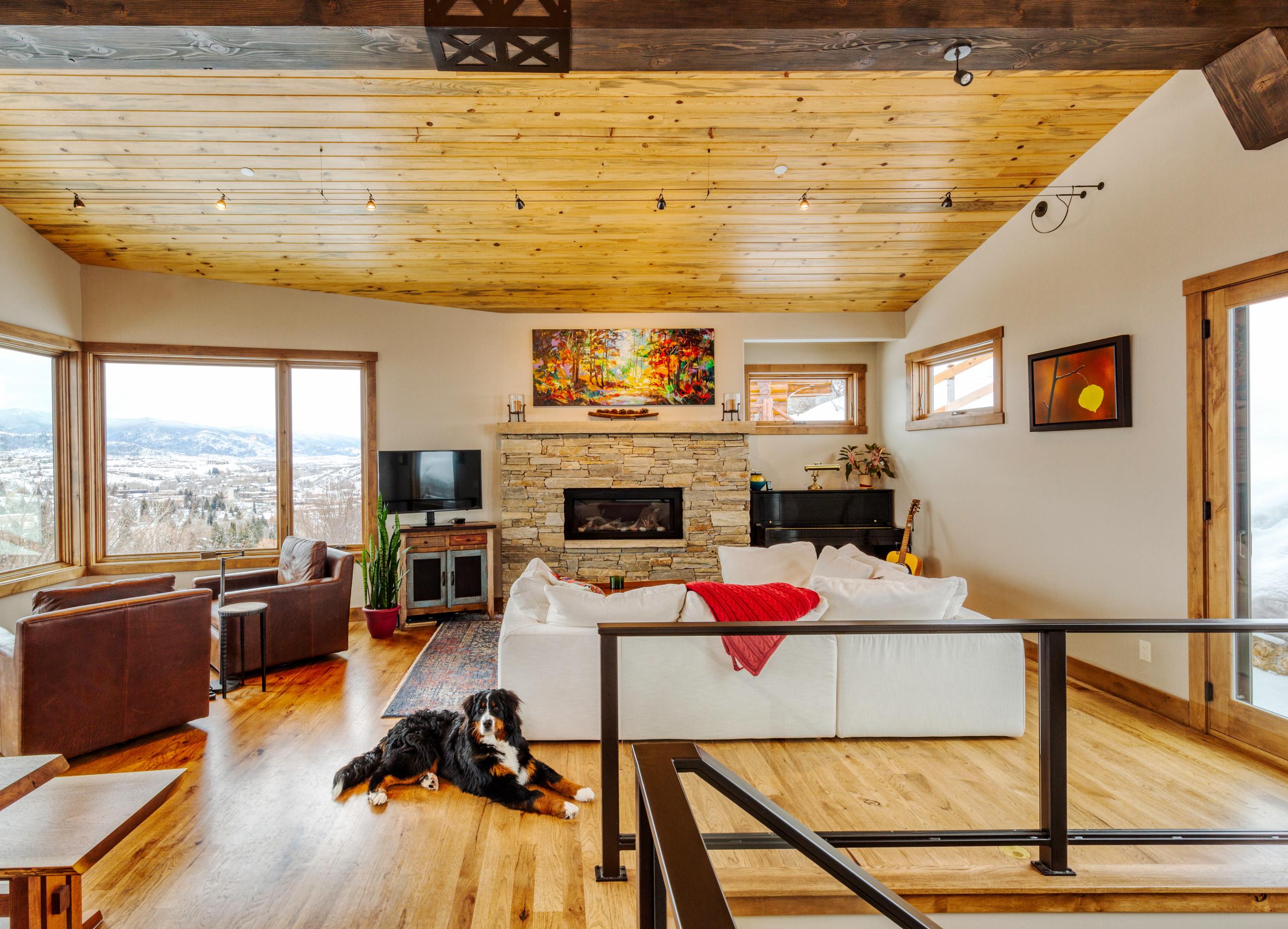 Ridge View Home