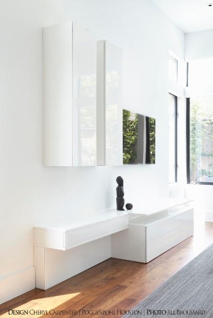 River Oaks modern-living-room