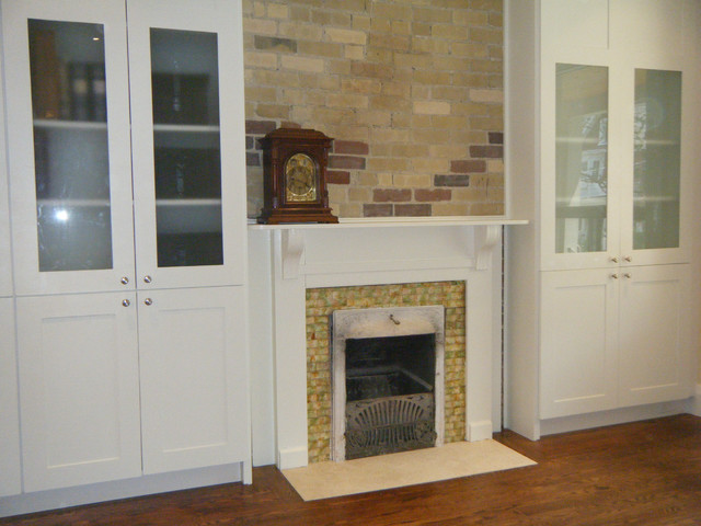 Riverdale traditional-living-room