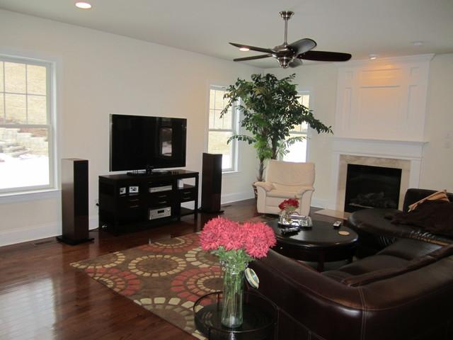 Rosewood #3 - Ashworth Model traditional-living-room