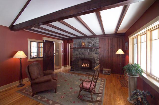 Rosko Residence traditional-living-room