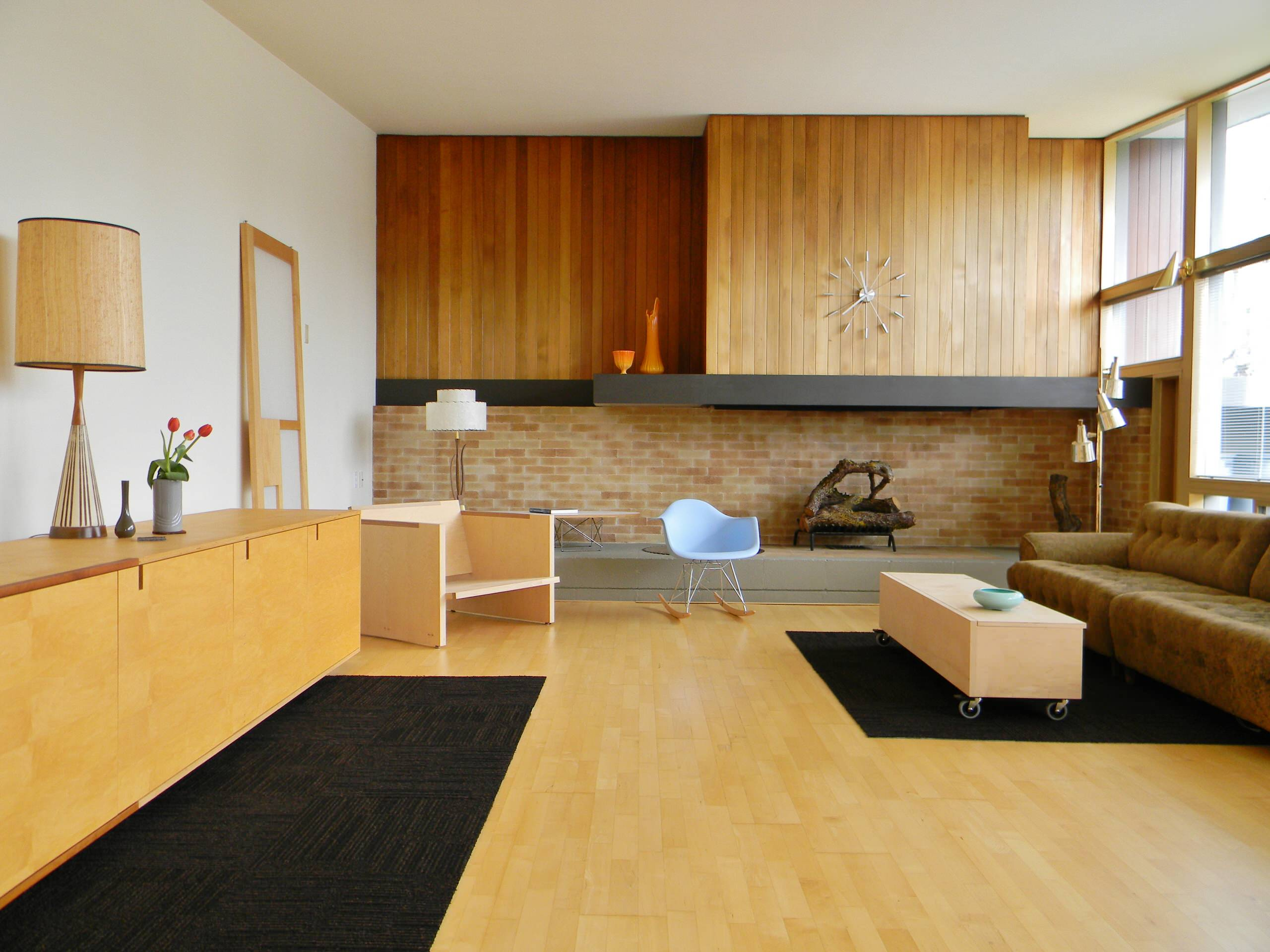 Picture of: Midcentury Modern Fireplace Houzz