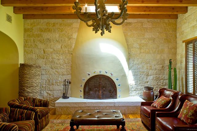 Rustic hacienda style texas ranch for Texas themed living room