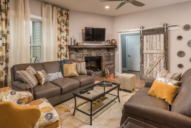Rustic Living Room Design By Dawn D Totty Designs Jasper