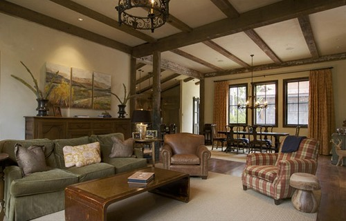 Creating A Rustic Living Room Decor: How Do You Create A Rustic Look In A New House?