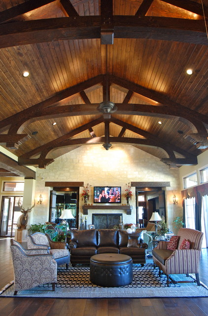 Rustic ranch done with elegance rustic living room for Rustic elegant living room