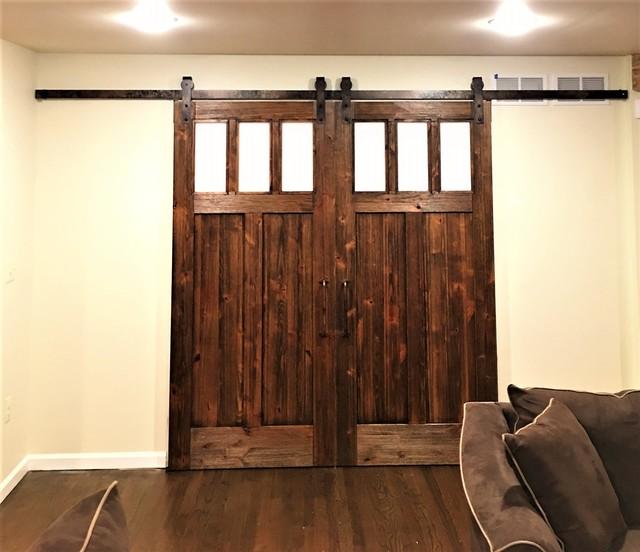 Rustic sliding barn doors rustic living room las for Barn doors las vegas