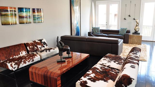 RWC Home Tour modern-living-room