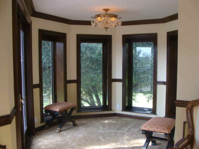 S.A.S Interior Trim Specialist traditional-living-room