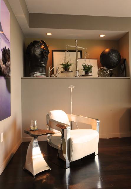 San Francisco High Rise modern-living-room