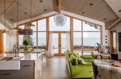 Coastal Vacation Home With Views Gets a Bright Revamp