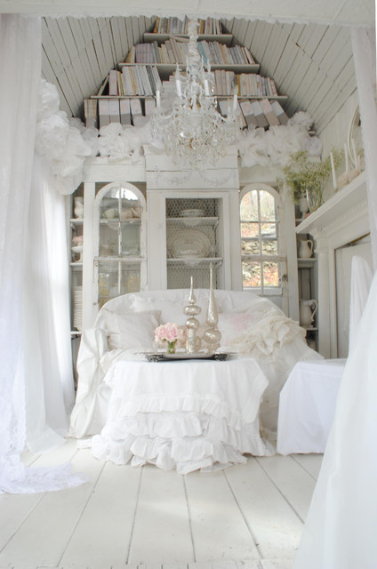 Inspiration For A Shabby Chic Style Living Room In New York