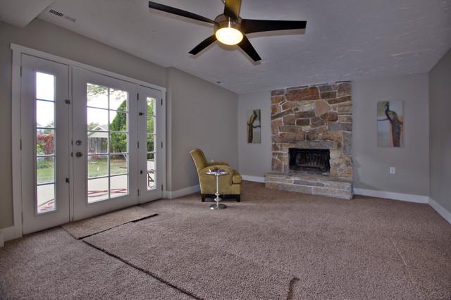 Sandy Multi-Level traditional-living-room
