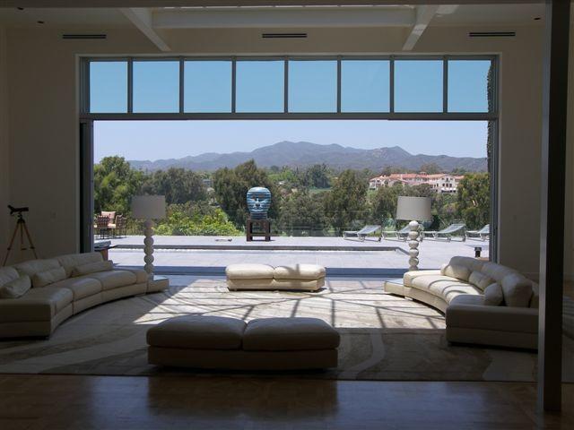 santa monica contemporary-living-room