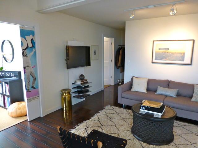 Sausalito Waterfront Residence traditional-living-room