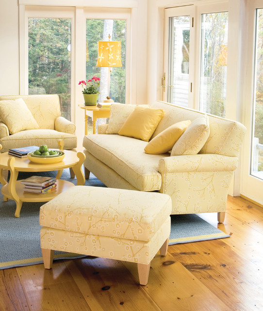 Awesome Cottage Living Room Furniture Part - 10: Sawyer Sofa Traditional-living-room