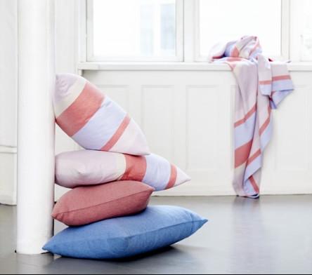 Scandinavian inspired luxurious blankets throws - Living room throw blankets ...
