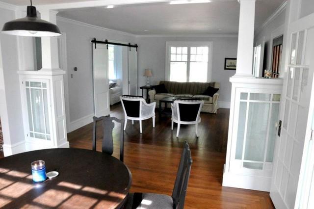 Scotch Dr traditional-living-room