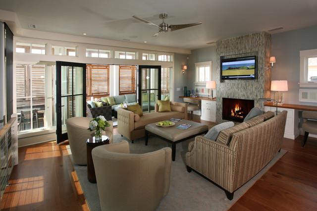 Residence beach-style-living-room