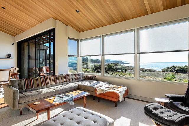 Sea Ranch Residence midcentury-living-room
