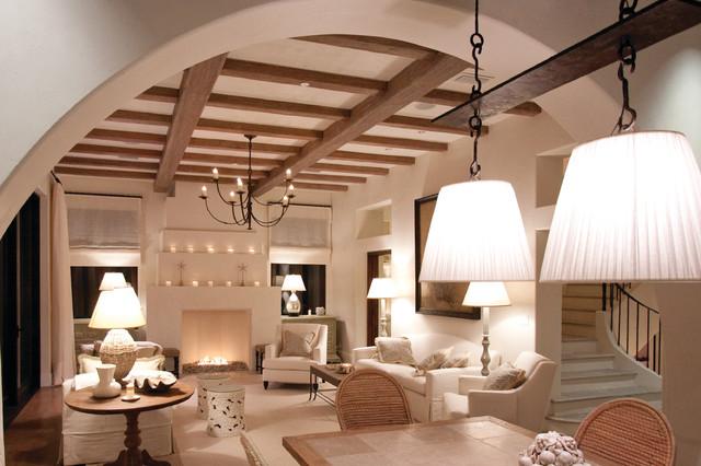 Seagrove, FL contemporary-living-room