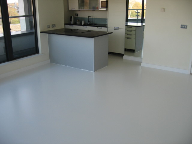 SEAMLESS WHITE POURED RUBBER RESIN FLOORING FOR GREENWICH
