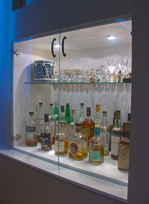 Pdf built in liquor cabinet plans free for Built in drinks cabinet