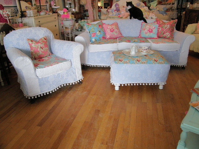 Shabby Chic Living Room Furniture: Shabby Chic Sofa Chair Ottoman Chenille Bedspread Rose