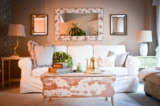 Shabby chic townhouse for Eclectic chic living room