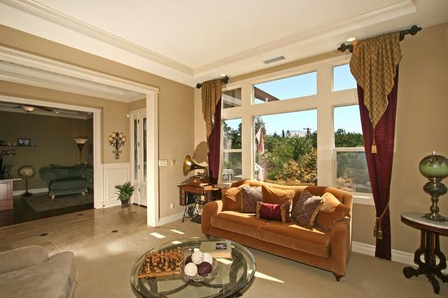 Shady Glen Road traditional-living-room