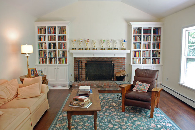 Shaker style bookcases traditional living room new for New york style living room ideas