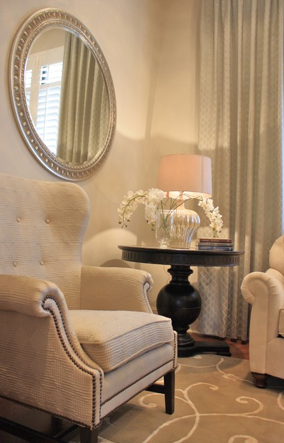 Shari Misturak of IN Studio & Co. Interiors traditional living room