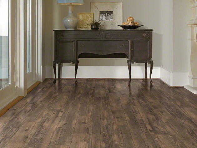 Shaw Classico Plank Lvt Click Lock Antico Traditional