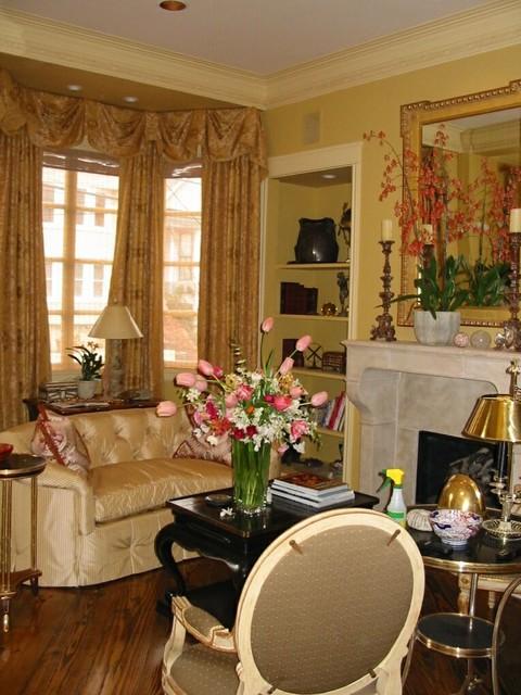 Shears traditional-living-room