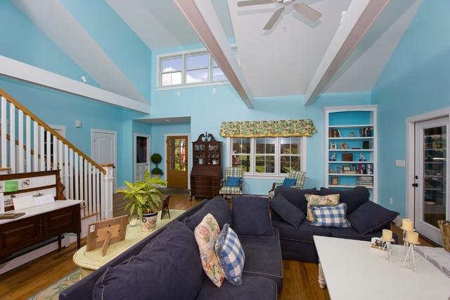 Sherwood Forest Renovation traditional-living-room