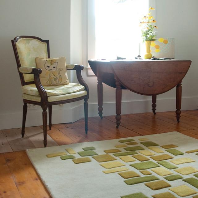 Shimmer Sitting Room modern-living-room