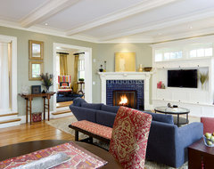 Shingle Style Living room contemporary living room