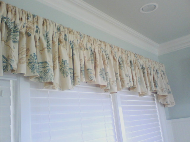 Valances swags beach style living room new york by curtains boutique - Boutique free valence ...