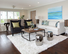 Shorefront Park beach style living room