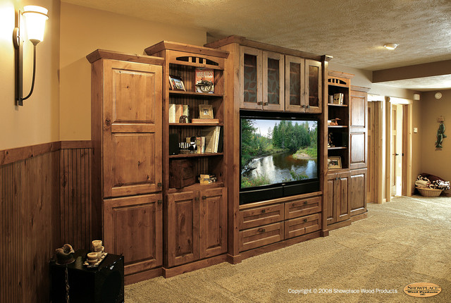 Showplace Cabinets Family Room Traditional Living Room Other By Showplace Cabinetry