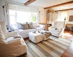 Shy Rabbit Farm farmhouse-living-room